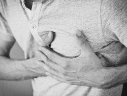 Tanda Jantung Bermasalah Menurut dr. Zaidul Akbar, Salah Satunya Bisa Dilihat pada Karang Gigi