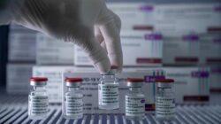Kenali Efek Samping Vaksin AstraZeneca, Segera Lapor Jika Ada Keluhan!